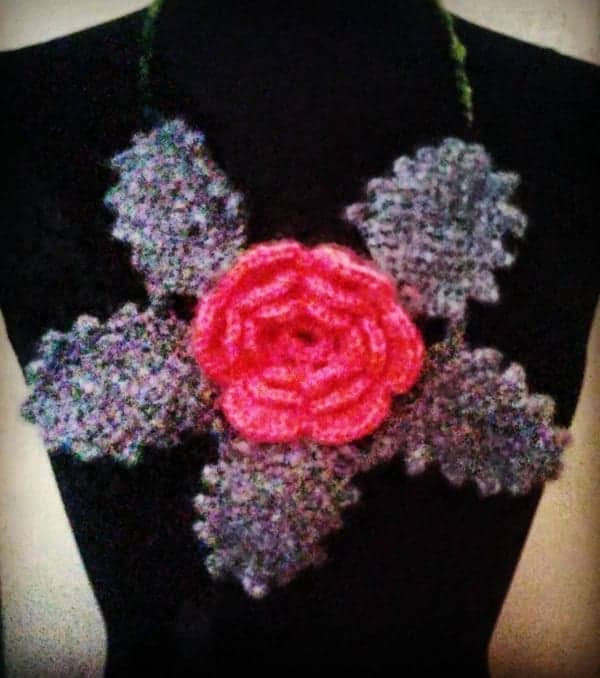 crochet rose with leaf free crochet pattern